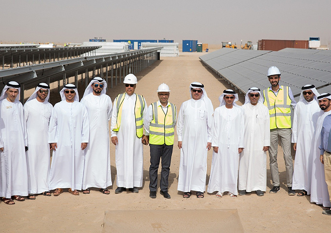 HE Saeed Mohammed Al Tayer MD & CEO of DEWA visits Mohammed bin Rashid Al Maktoum Solar Park to follow up with project implementation